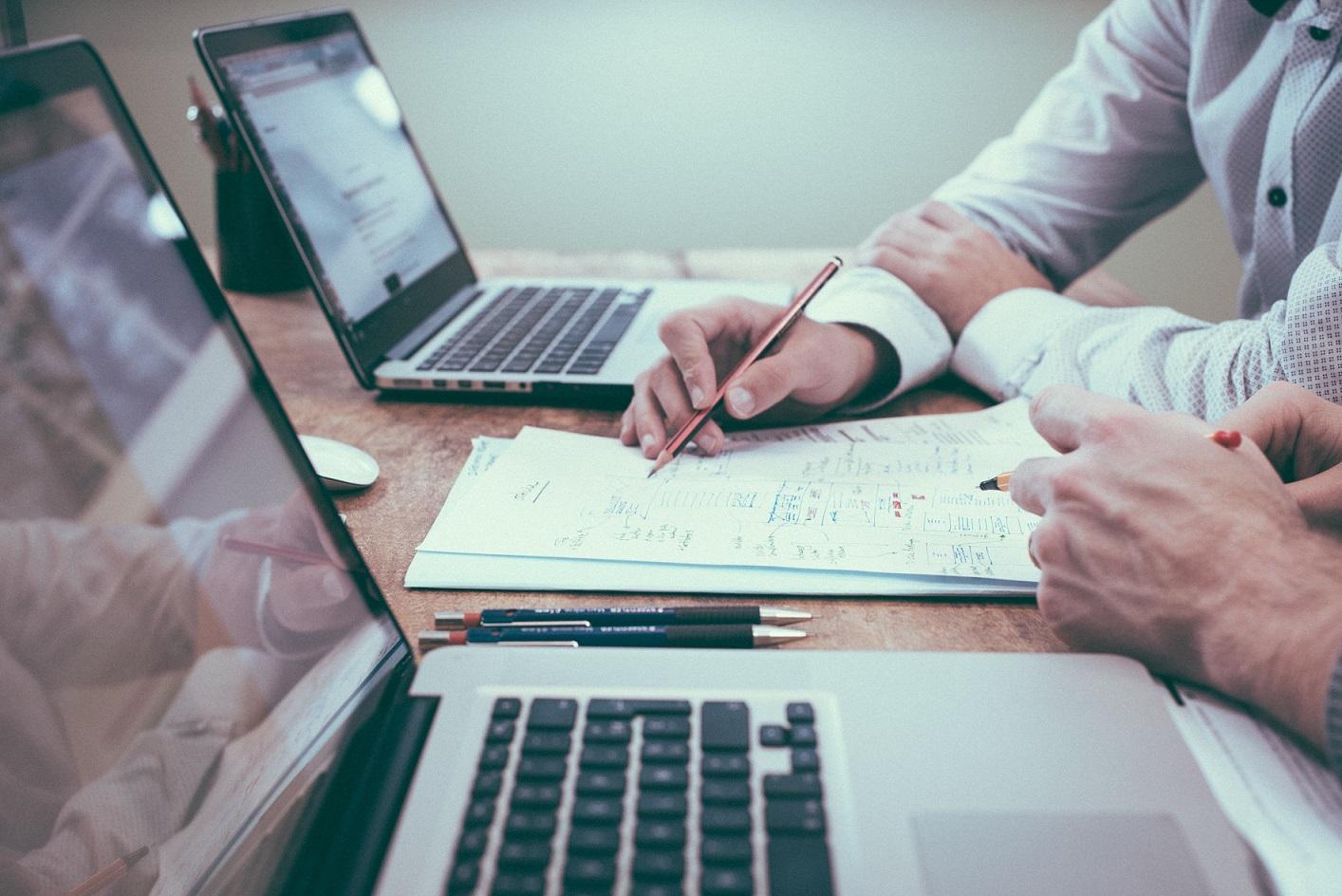 Pourquoi travailler avec un rédacteur web ?